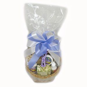 BBKase Women's Spa Basket Colorado Gift Basket Ideas #Baskets #GiftBasket #CorporateGiftBasket #BasketKase #Colorado   https://bbkase.com Customizing Corporate Gift Baskets