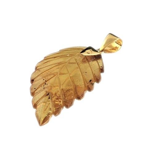 Ciondolo in Ambra e Oro 18 K £290