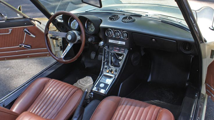 1974 Alfa Romeo 2000 Spider Veloce presented as Lot T104 at Monterey, CA