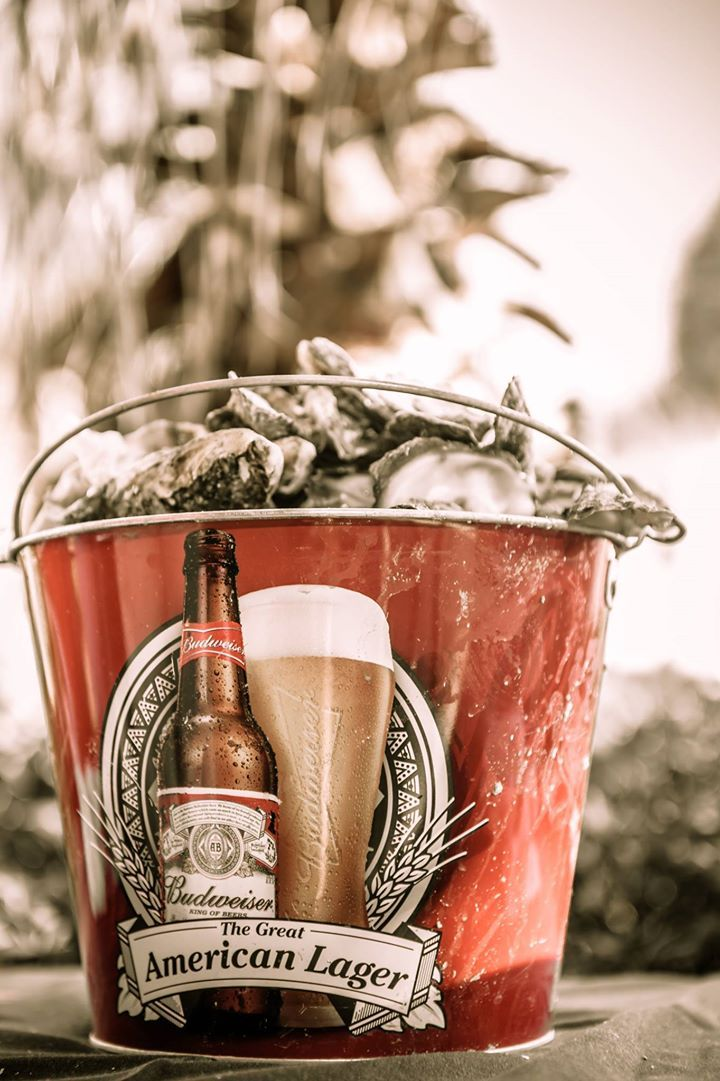 Build your own Bloody Mary Bar and live music by Plane Jane #OystersonthePoint #CharlestonSC http://www.charlestonblackcabcompany.com/charleston-events/charleston-sc-events-january-2015 #CharlestonBlackCab #CharlestonBlackCabCompany
