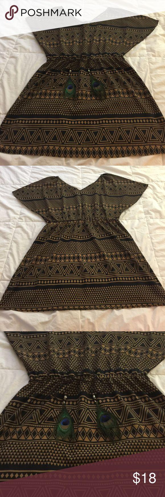 Pattern Mini Dress Pattern Mini Dress. Thin belt w feather tips. 100% Polyester. No stretch. Dresses Mini