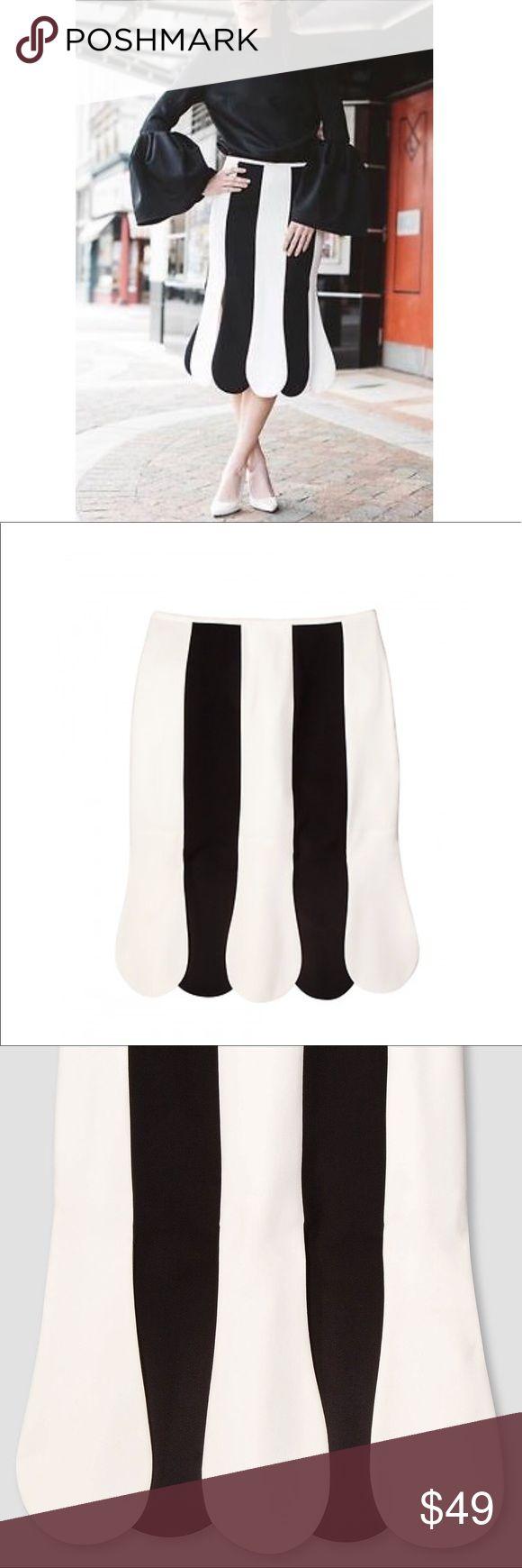 NWT Victoria Beckham Target Black & White Skirt Victoria Beckham Target Black and White Stripe Scalloped Midi Skirt NWT SOLD OUT Victoria Beckham for Target Skirts Midi