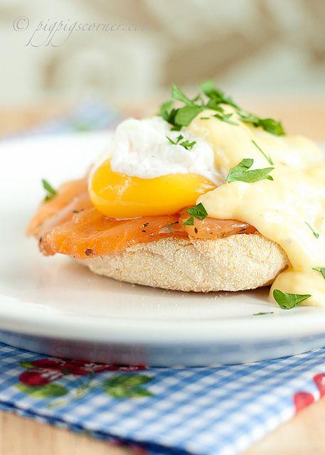 Eggs Benedict with Salmon ❤ http://www.pigpigscorner.com/2011/06/eggs-royale.html