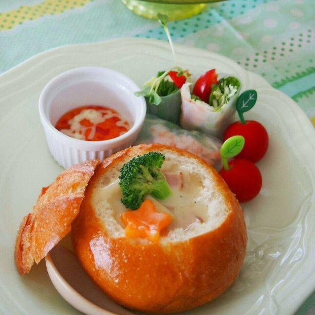 簡単カフェ飯♡冬にぴったりおしゃれ「パンシチュー」レシピ - Locari ... パンシチューがおしゃれで可愛い♡