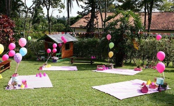 kids picnic birthday party | Helium Balloons! | PicNic Birthday