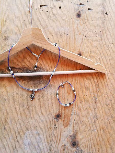 Collane con pendenti - Collana rock Chiave di Violino viola - un prodotto unico di Valeria-Draws su DaWanda