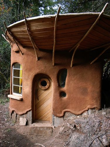 """Bedrock"" Cob House - Cob Cottage Company"