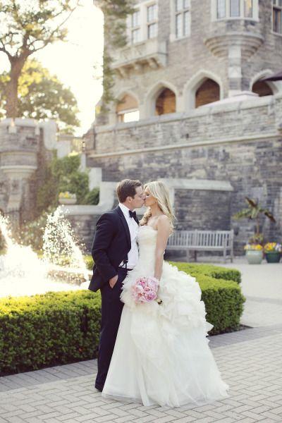 Love the colour scheme; Amazing Vera Wang wedding dress: http://www.stylemepretty.com/canada-weddings/ontario/toronto/2013/12/19/casa-loma-wedding/ | Photography: Sarah Kate -