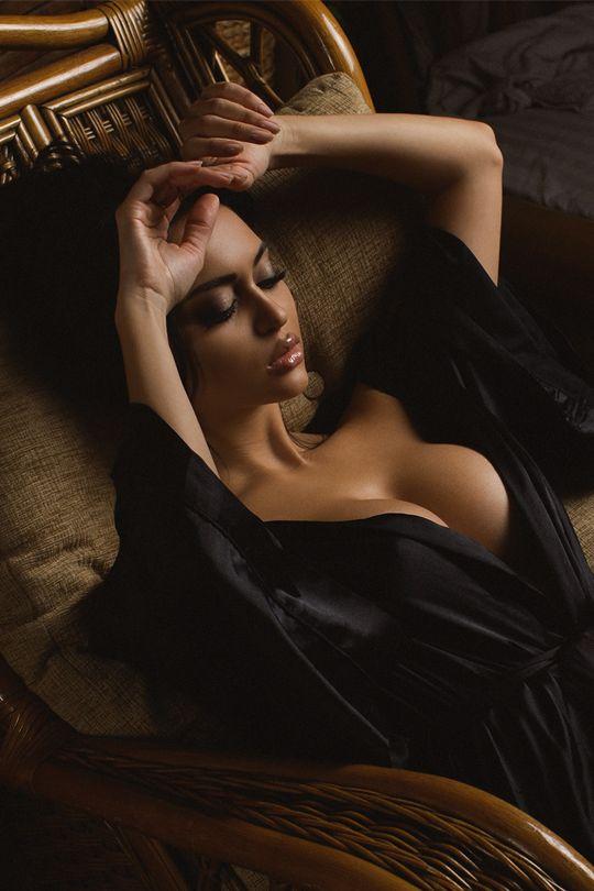 girls-dly:  MAVRIN  please like my page))https://www.facebook.com/BachelorsArt