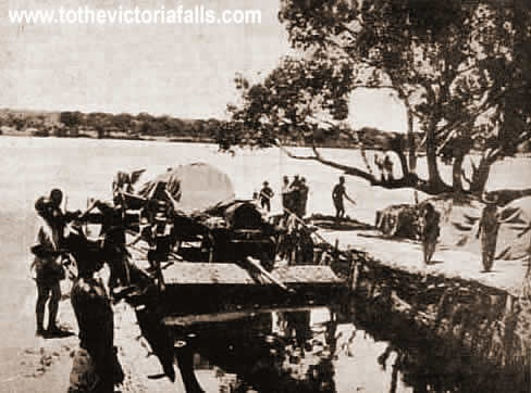 The Old Drift river crossing, above the Falls, used to transport goods and people before the bridge was built in 1904/5