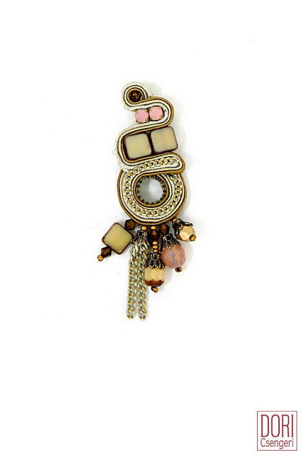 pins & rings : Desert Rose Ring