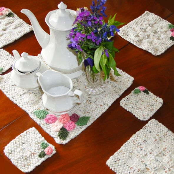 Luxury Hand Knitted Cream Blossom Place Mat Set