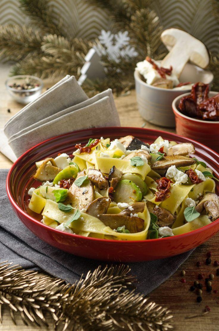 Mhmm! Parpadelle mit Kohlsprossen, Steinpilzen und Feta! Ein absolutes Soulfood, oder?!