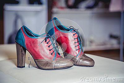 Herbststiefel der Frauen, stilvolle italienische Schuhe