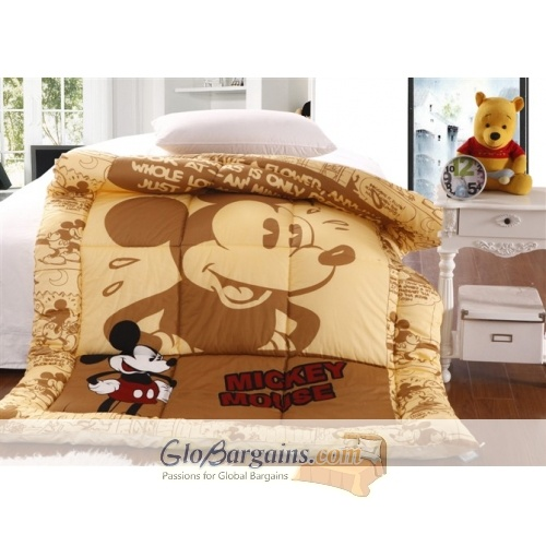 Beige Mickey Mouse Quilt  http://www.globargains.com/beige-mickey-mouse-quilt_p2098.html