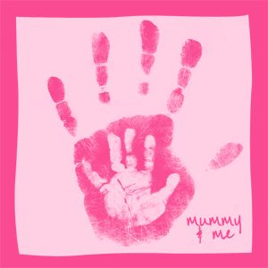 DIY - Beautiful Mother and Child Handprints. Easy to do, just do your hand first and let it dry, then do your child's hand in the background color. :o)