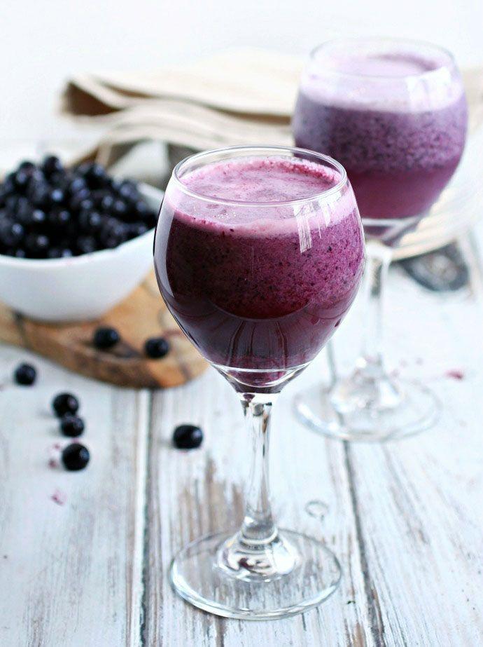 Vinslushie med blåbär och vaniljglass