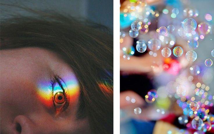 Fénytörés - A nap sugara megtörik a szempillámon, Most emberi prizmát játszom, Kicsiny szivárványok színesítik világom, Villódzó csodákba vágyom…