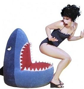 fauteuil requin                                                                                           Plus