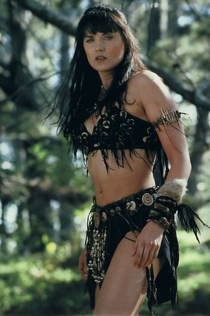 Graceful Lucy Lawless ...Phenomenal spectacle of female beauty...