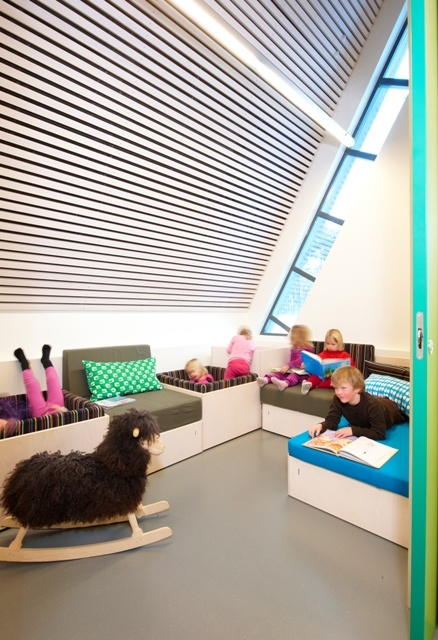 Kindergarten in Kristiansand, Norway. Interior Grethe Sivertsen. Storage seat modules
