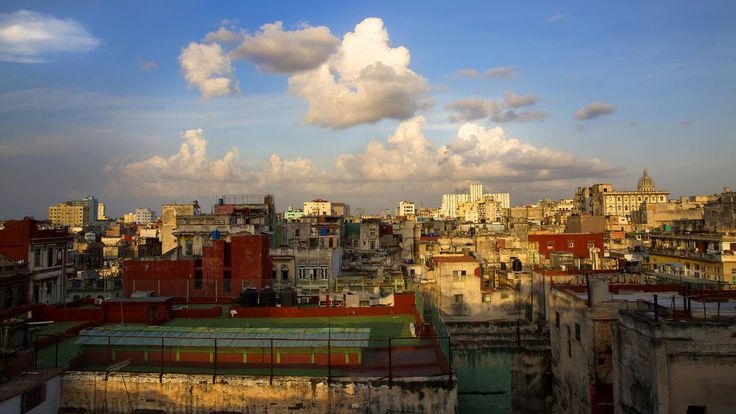A view of the skyline toward Old Havana from the rooftop bar of La Guarida restaurant in central Havana. Brian van der Brug / Los Angeles Times #LATCuba