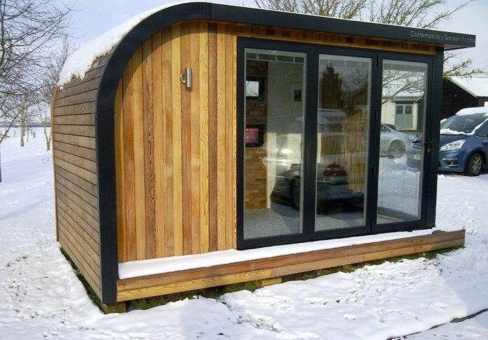 Garden Room (Show Office) ...lovely and cozy in the snow!