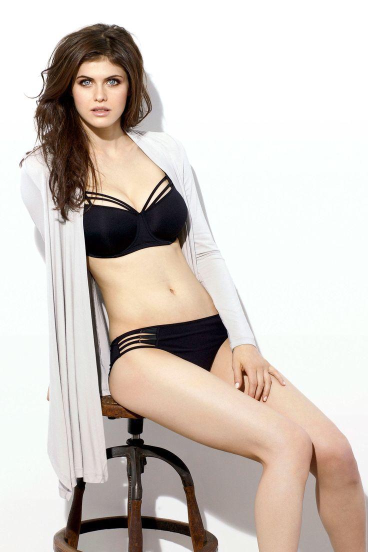 Alexandra Daddario: Funny Joke from a Beautiful Woman  - Esquire.com