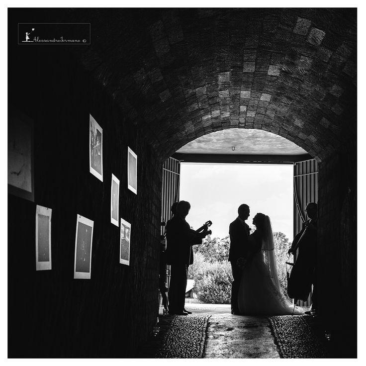#weddingcars #weddingreportage #atelierlaperla #atelierlaperlaiannucci #iermanofoto #bride #destinationwedding #weddingday #weddingdress #weddingtable #location #loveitaly #italy #italia #weddinglocation #weddinginitaly #avellino #benevento #caserta #sorrento #details #decisivemoment #atelierlaperlaiannucci #tenutadelgheppio