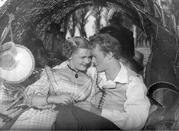 Liliomfi 1954 Krencsey Marianne és Darvas Iván