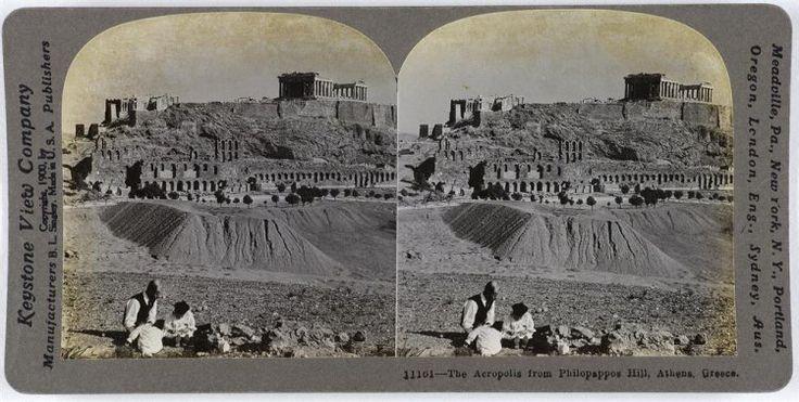 Άποψη της Ακρόπολης από το λόφο του Φιλοπάππου. Αθήνα, γύρω στα 1900 Keystone View Company