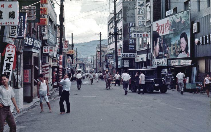 Seoul 서울 1968-08-08 종로삼가 鍾路三街 – 68D08-0729, via Pal Meir on Flickr