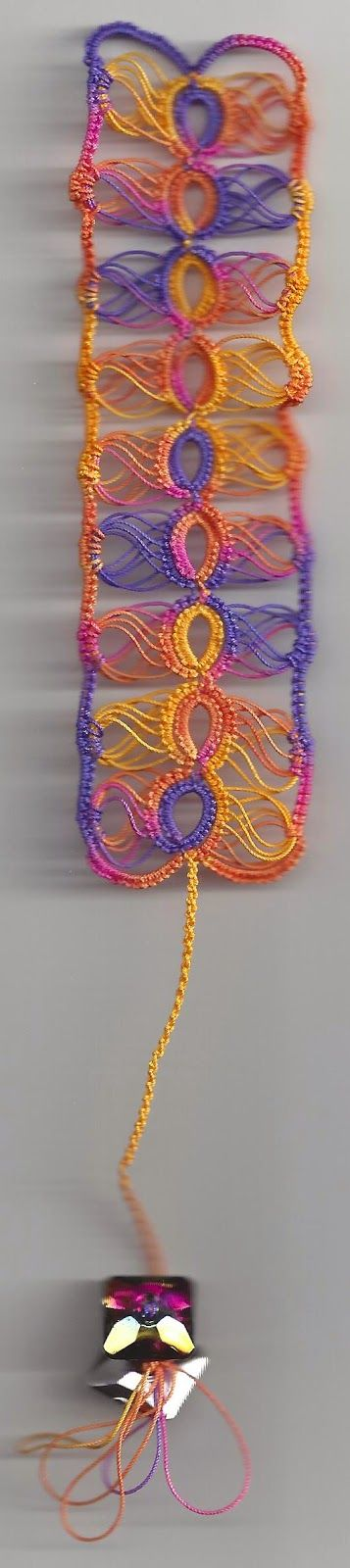 """""""Broomstick"""" Tatted Bookmark .... Martha Ess' free pattern, tatted by Sue ... and sharing a good tip ... *p*"""