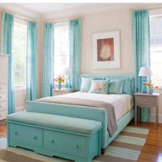 I really want a bedroom with colour, since I love the idea of having a white kitchen. i'd need colour somewhere. i especially love the idea of teal in the bedroom or bathroom.