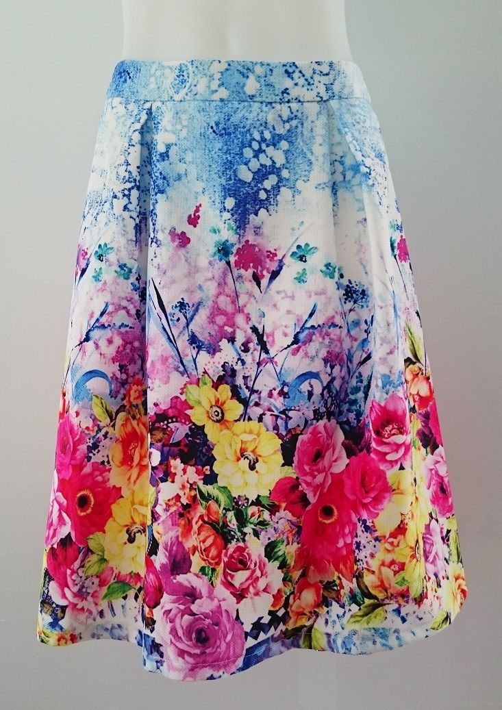 Daydream floral skirt - knee length and gorgeous!