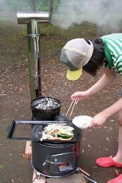 商品詳細 北の国からのじゅんくんが使っていた薪ストーブを製造、販売しています。鉄板製で熱効率はバツグン!昔ながらのタマゴ型をはじめ角型薪ストーブもあります。…