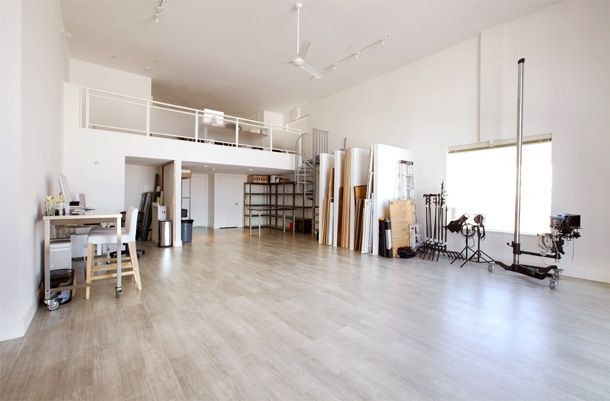 this would be amazing! high ceilingsm white walls, hardwood floors, open. just need a natural brick wall somewhere. :)