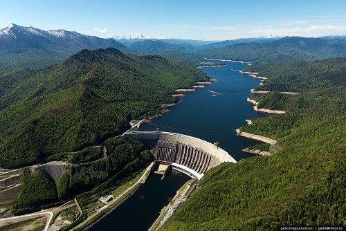 Саяно-Шушенская ГЭС - la central hidroeléctrica Sayano