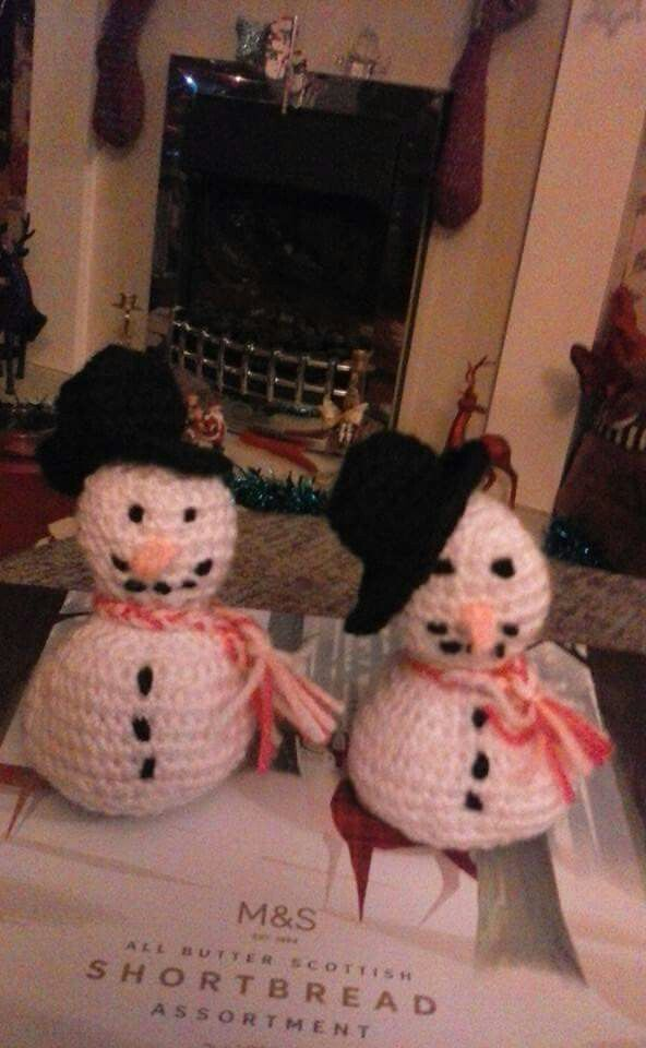 Snowmen, first ever pattern i made myself