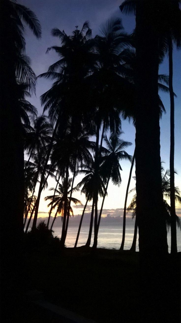 Sunrising at east coast of Bali, Jasri. Day is just begin...
