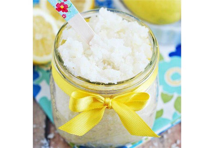 Φτιάξε το δικό σου scrub με άρωμα λεμόνι