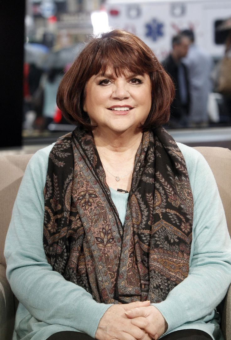 Linda Ronstadt Opens Up About Her Battle With Parkinson's
