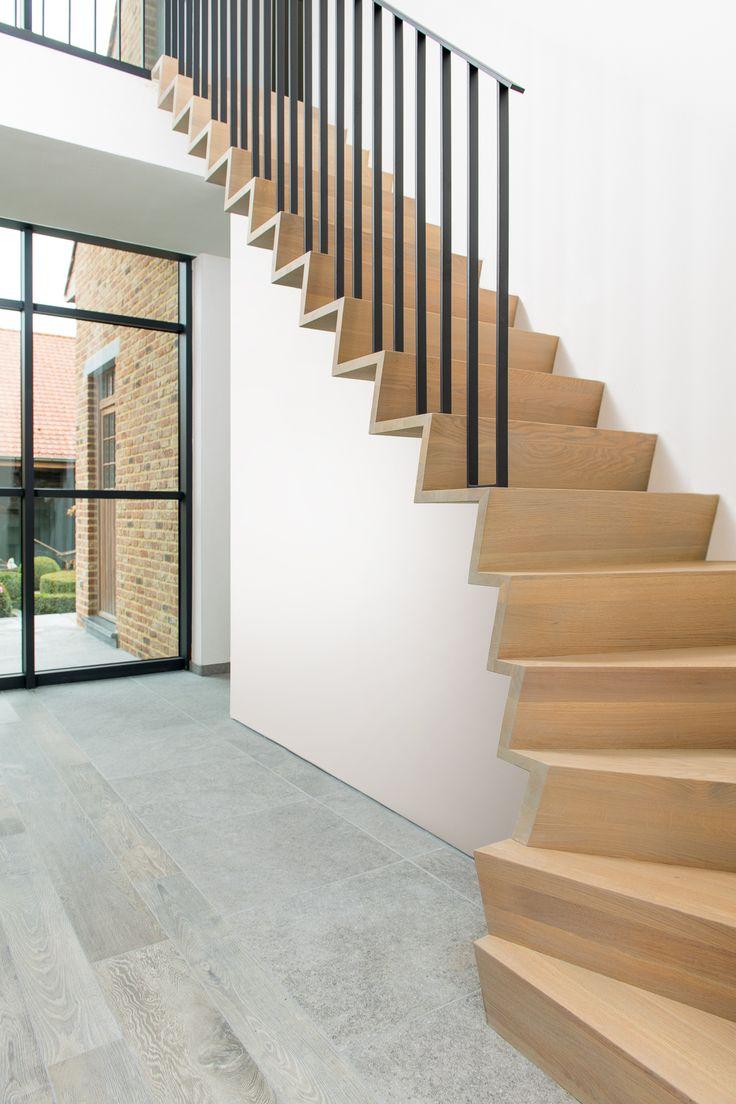 25 beste idee n over moderne trap alleen op pinterest for Moderne houten trap