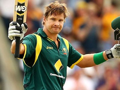 Shane Watson clears his stand!