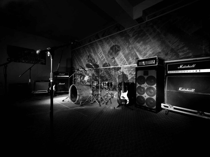 Music rehearsal studios will be the excellent places for a band and also other music artists to rehearse or observe. However, simply because placing up a audio rehearsal studio involves a large amount of money of cash, numerous bands just decide for leasing a audio rehearsal space than have their very own.