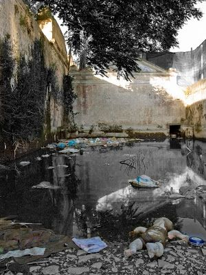 Ruined public fountain in Montemor-o-Novo, Portugal.