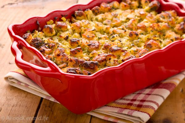 Bread Stuffing with Herbs | Edible {Holiday Meals} | Pinterest