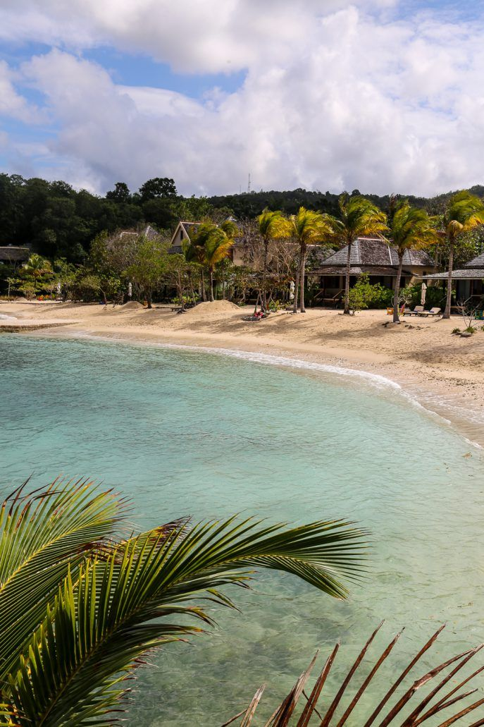 Goldeneye, Jamaica | Fashion Me Now | Book via i-escape