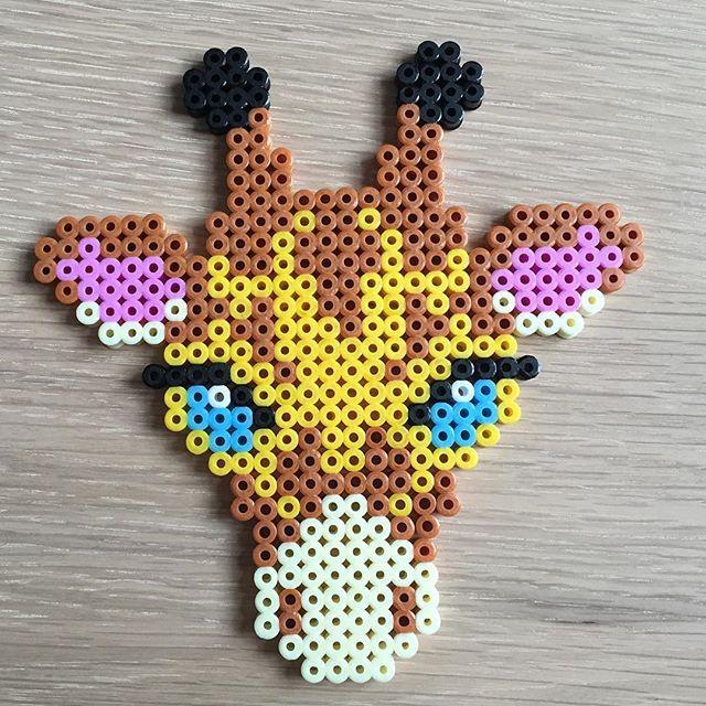 Giraffe hama beads by perlepige