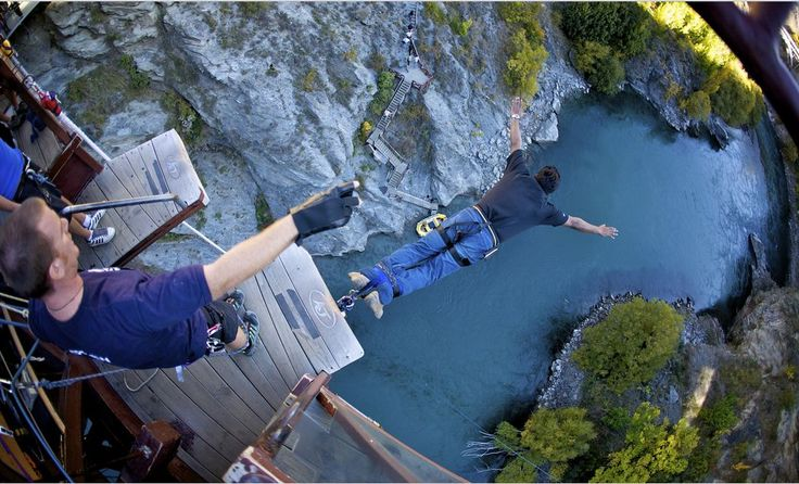 Best spots for Bungee Jumping in India >>One of the most preferred destinations for bungee jumping in the country is situated in Mohan Chatti in Rishikesh. This is the one and only place in the country where bungee jumping can be performed from a fixed base. A platform is built on a rocky cliff, which is situated at a height of nearly 83m, one of the highest location for bungee jumping in the country. This is a big reason for such a huge popularity of #bungeejumping in Mohan Chatti. #365hops